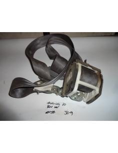 Cinturon delantero derecho Rh Mahindra 2010
