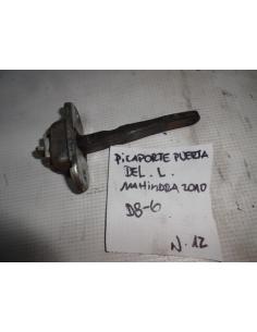 Picaporte puerta delantero izquierdo Mahindra 2010