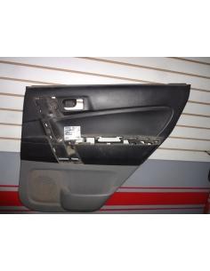 Tapiz plastico interior puerta derecha RH trasera Daihatsu Terios 2009