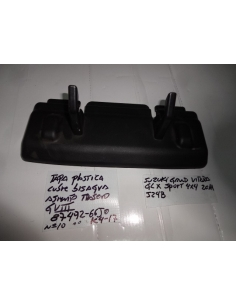 Moldura tapa plastica cubre bisagra asiento trasero Grand Vitara III 3G 2011