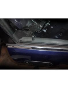 Moldura bota agua exterior puerta delantera derecha Suzuki Baleno Station Wagon 1999
