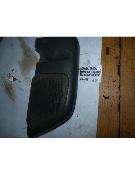 Molduta tapa parlante trasera izquierda LH Suzuki Baleno 1998 station wagon