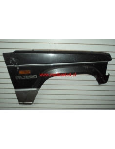 Tapabarro derecho Mitsubishi Montero - Pajero