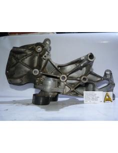 Base soporte compresor aire acondicionado Renault Clio 1.6 motor K4M Bencina 1998 - 2007 codigo: 7700274249
