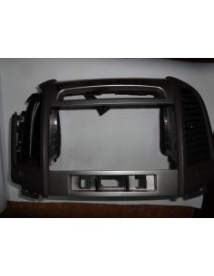 Rejilla ventilacion lado derecho central Hyundai Santa Fe